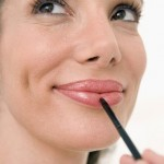 How to apply lipstick properly