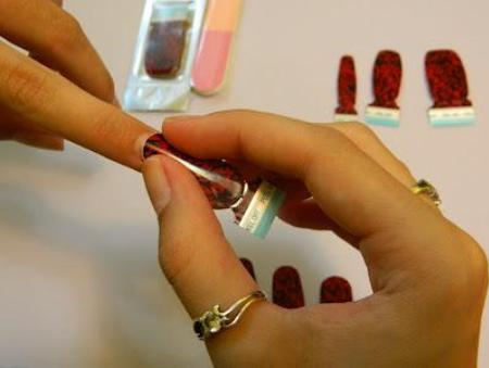 right-nail-polish