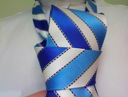 windsor-tie