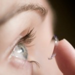 How to choose contact lenses