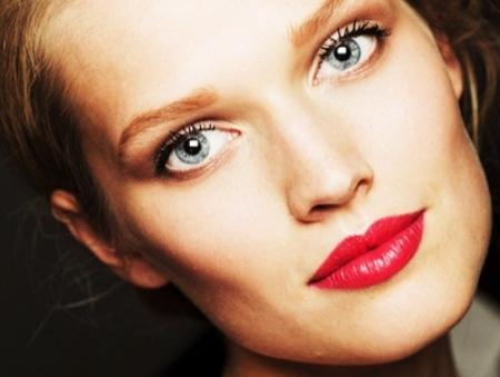 voluminous-lips