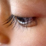 How to fold your eyelashes without eyelash curler