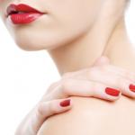How to apply gel nail polish