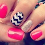 Nail art: nails with fruit
